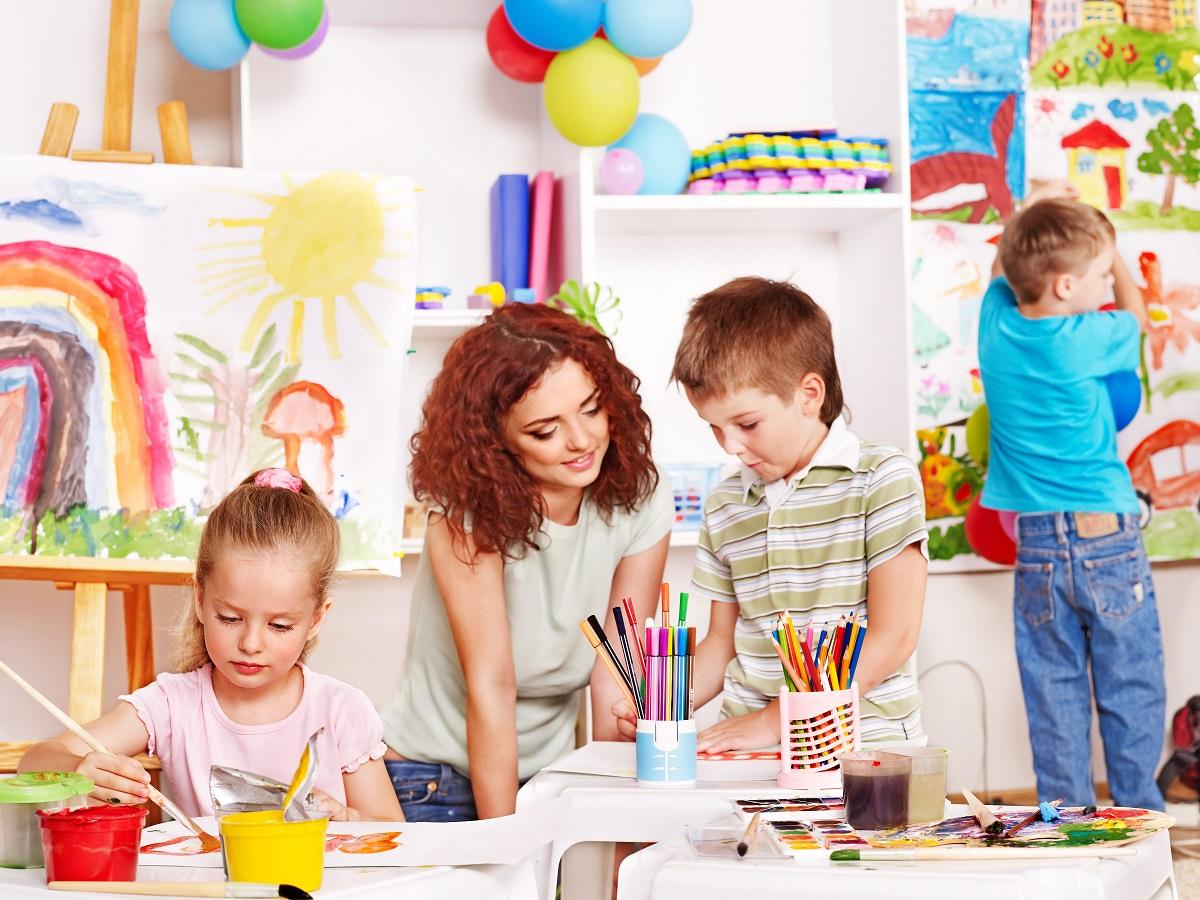 Почему стоит отдать ребенка в частный детский сад?
